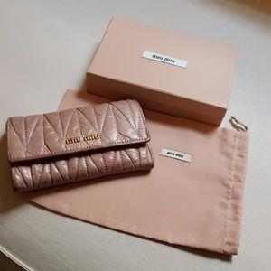 Miu Miu   blush pink leather wallet